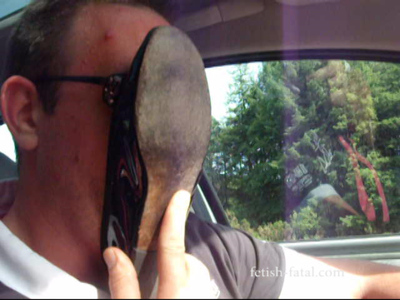 53171 - Hummm! different shoes, tights, barefoot, car, on a slave ... beautiful video !!!!