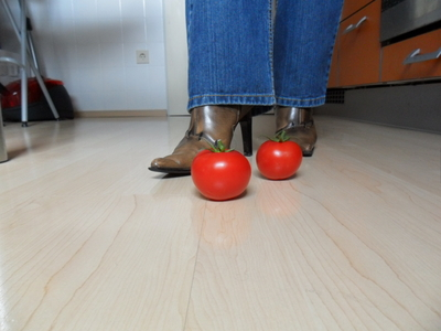 62613 - Tomato killing