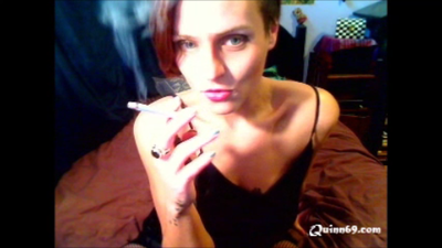 Mistress looks hot while smoking