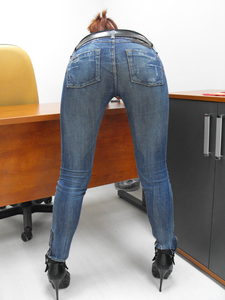 TightJeans