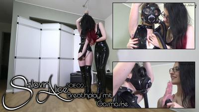 Slavegirl Alice - Breathplay with Gasmask