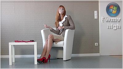 leviana - Business Smoking (wmv)