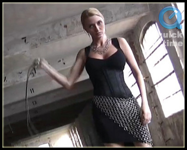 6866 - Yasemin - Whipmistress In Chains