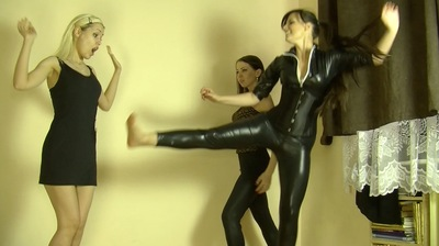66280 - FEMALE FIGHT - 2 DOMMES SURPRISED BY MAID - B