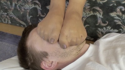 66219 - LIKE TO WATCH HOW YOU FOOT SMOTHER HIM - B - PANTYHOSE PART