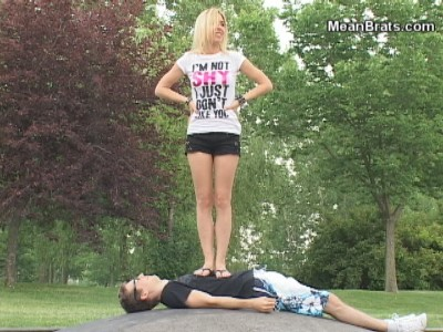 82926 - Outdoor Fun With Angelique
