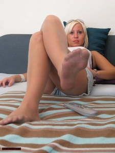 Nylon Feet Play 17